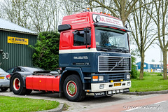 Volvo F12 Globetrotter 1992 (Peter Winterswijk) Tags: truck alltypesoftransport camion carshow car classiccar collection carrosserie europe event fujifilm holland historical haulage hgv industry international keepontrucking lkw lesroutiers meeting netherlands oldtimer old peterwinterswijk roadtransport retro transport trucking truckshow trucks tractor truckrun vehicle vintage xt2 hav vrachtwagen vrachtwagengroep