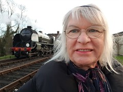 2018 0212 512 (SGS8+) Lucy; Bluebell Railway; Sheffield Park (Lucy Melford) Tags: samsunggalaxys8 lucy bluebell railway steam train departing southern sheffield park