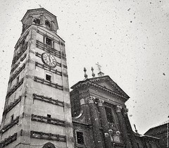 The Duomo and the snow (Fossano, Piedmont, Italy) (Federico Fulcheri Photo) Tags: federicofulcheriphoto© italy piedmont fossano blackandwhite history town city travel visit tourism silence church belltower stone architecture winter snow day grey sky noperson outdoors snapseed iphone8plus iphone apple