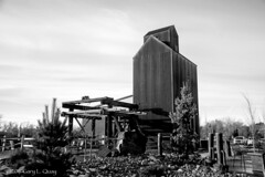 Echo Ridge Winery B&W (Gary L. Quay) Tags: echo ridge winery oregon grain elevator rural rustic agriculture wine grapes eastern pendleton pacific northwest nikon d810 gary quay
