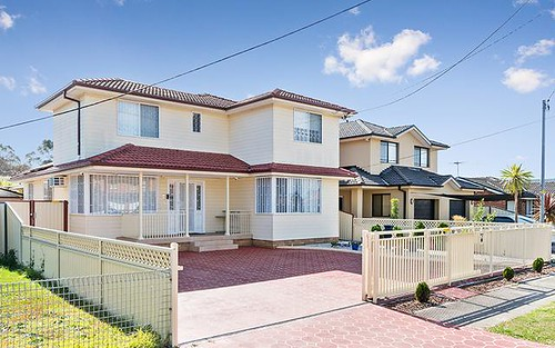 19 Foxlow St, Canley Heights NSW 2166