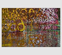 Faire du chiffre (afantelin) Tags: emmanuellemoureaux montrouge hautsdeseine nombre couleurs iledefrance papier 2017 salonminiarttextile2018 installation