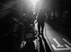 homeward (dr.milker) Tags: taiwan taipei bw blackandwhite noiretblanc blancoynegro street urban people alley rooseveltroad sunlight shadow highcontrast 台灣 台北 黑白 街拍 人 都市 巷弄 羅斯福路 陽光 光影 高對比