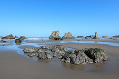 Bandon Beach (russ david) Tags: bandon beach oregon or april 2017 pacific ocean coos county sea stacks coast rock