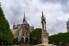 Yard - Notre Dame (ROCKINRODDY93) Tags: paris france europe history notredam notre dame cathedral