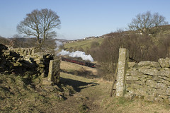 43924 Top Field KWVR 25/02/2018 (TomNoble7) Tags: kwvr worth valley railway keighley haworth oxenhope mr 4f 43924 winter steam rural dry stone wall bronte