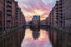 She's the Sun (G-WWBB) Tags: wasserschloss speicherstadt poggenmühlenbrücke hamburg sunset buildings warehouse architecture water waterfront reflections reflecting reflect germany orange pink sky