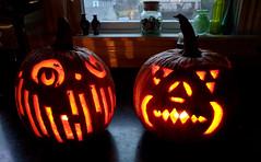 2017-10-29 17.27.29-2 (Paul-W) Tags: melrose massachusetts unitedstates us halloween 2017 pumpkins jackolanterns candles