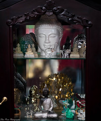 Buddha sublime statues (kuntheaprum) Tags: cambodianarts crafts painting angkor nikon d750 samyang 85mm f14 nearyrothkunthea