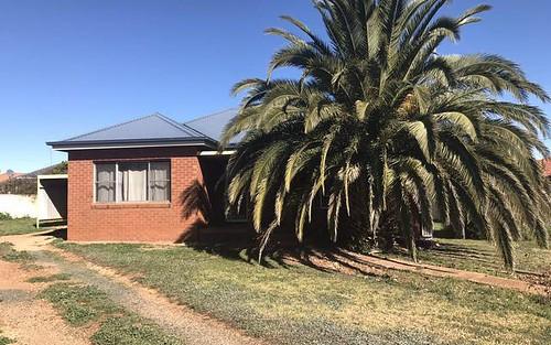 15 Coronation Av, Parkes NSW 2870
