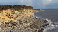Heritage Coast. (aitch tee) Tags: seascape seaside bristolchannel waterways stratta layers fontygarybay sandstone nature southwales valeofglamorgan heritagecoast landscape rocks cliffs