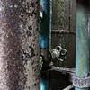 la vanne qui tue ! (Un jour en France) Tags: acier rouille corrosion vanne