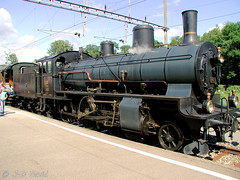 B3/4 1367 (CFF Historic 1) (Jean-Daniel David) Tags: locomotive vapeur suisse suisseromande vaud ciel gare chemindefer noir transport train