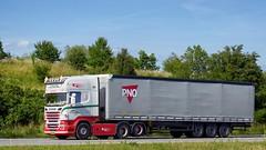 AW72108 (17.07.06, Motorvej 501, Viby J)DSC_4305_Balancer (Lav Ulv) Tags: articulated artic hauler semi tractorunit tractor trækker auflieger zugmaschine sattelschlepper sattelzug trailer schmitztrailer curtainside gardintrailer planentrailer wielsøetransport scania scaniarseries pgrseries r5 r560 topline rentaltrailer lejetrailer pno e5 euro5 6x2 2012 import rseries truck truckphoto truckspotter traffic trafik verkehr cabover street road strasse vej commericialvehicles erhvervskøretøjer danmark denmark dänemark danishhauliers danskefirmaer danskevognmænd vehicle køretøj aarhus lkw lastbil lastvogn camion vehicule coe danemark danimarca lorry autocarra motorway autobahn motorvej vibyj highway hiway autostrada