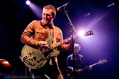 Brian Fallon -4255 (redrospective) Tags: 2018 20180223 brianfallon brianfallonandthehowlingweather february2018 koko london artists bass bassguitar bassist blue color colour concertphotography electricbass electricguitar glasses guitar guitarist human instrument instruments leather leatherjacket lights livemusic man men musicphotography musician musicians people performer performers person photo photography singer spotlights stagelights