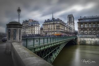 Le Pont d'Arcole