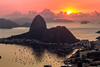 Rio de Janeiro (mariohowat) Tags: mirantesdoriodejaneiro mirantedonamarta sunrise amanhecer nascerdosol canon natureza brasil brazil sugarloaf pãodeaçucar morrodopãodeaçucar bondinhodopãodeaçucar