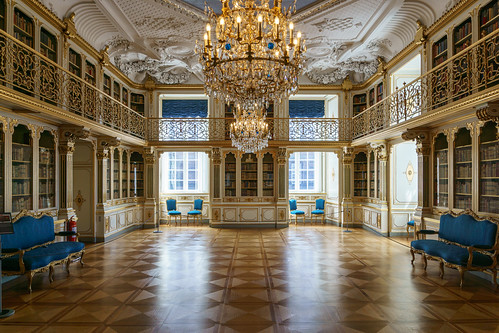 The Queen's Library, Christiansborg Palace