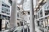 Stadtrundgang Mainz - Markthäuser (J.Weyerhäuser) Tags: mainz markthäuser modern glas säulen fahnen rx100m5 niktools