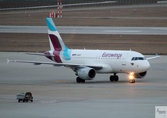 Eurowings A319-112 D-ABGP taxiing at STR/EDDS (AviationEagle32) Tags: stuttgart stuttgartairport flughafenstuttgart str edds germany flughafen deutschland airport aircraft airplanes apron aviation aeroplanes avp aviationphotography aviationlovers avgeek aviationgeek aeroplane airplane planespotting planes plane flying flickraviation flight vehicle tarmac lufthansagroup eurowings airbus airbus319 a319 a319100 a319112 dabgp landing