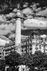 Paris Nation (Didier Mouchet) Tags: nation paris noiretblanc blackandwhite bw bâtiment monochrome monument architecture nikond5300 nikon nuage ciel clouds didiermouchet bianconero inbiancoenero îledefrance france