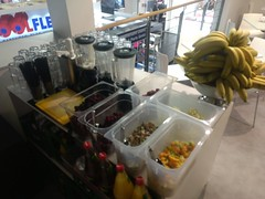 "#HummerCatering mobile Smoothiebar Catering in der Kölnmesse zur Internationalen Eisenwaren Messe in Köln. Mehr Infos unter https://koeln-catering-service.de/smoothie-catering/messe-event-smoothie-catering/ • <a style=""font-size:0.8em;"" href=""http://www.flickr.com/photos/69233503@N08/40567196182/"" target=""_blank"">View on Flickr</a>"