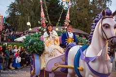 Disney Stars on Parade (Disney Dan) Tags: disneycharacters autumn october 2017 disney parcdisneyland belle disneyparks princeadam disneystarsonparade beautyandthebeast disneylandparis adam beautyandthebeastmovie character characters dlp dlrp disneycharacter disneyphoto disneypics disneypictures disneylandparispark disneylandpark disneylandresortparis europe fr fall france marnelavallée parade travel vacation