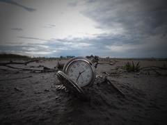 TIME (kchocachorro) Tags: landscape horizon sunset clock abandoned retro vintage photographer photography kchocachorro