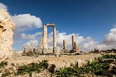 HERCULES TEMPLE (zeenakay) Tags: roam explore travel history templeofhercules citadel jordan amman