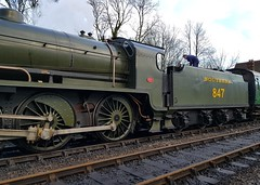2018 0212 515 (SGS8+) Bluebell Railway; Sheffield Park (Lucy Melford) Tags: samsunggalaxys8 bluebell railway steam train departing southern sheffield park