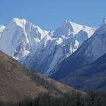 Pic d'Isabe (2463 m), vallée d'Aspe, Béarn, Pyrénées Atlantiques, Nouvelle-Aquitaine, France. thumbnail