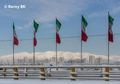 Tehran in winter  ♂️  ❄️ (bernard78br) Tags: 5dsr canon ef40mmf12stm eos hiver iran lightroomcc logicielstraitementimage météosaisons neigesnow pays photographie photographiematerieletlogiciels saisons tehran téhéran winter