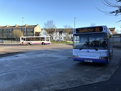 First Glasgow's SN05 HEJ and X512 HLR (West Scotland Transport) Tags: 41777 hlr x512 x512hlr clydebank m60 43849 hej sn05 sn05hej duntocher 81 bus decker single marshall marshalldart slf dartslf pointer plaxton mini plaxtonpointer plaxtonminipointer dart dennis dennisdart glasgow firstgroup firstbus firstglasgow first