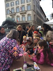 Danze del gruppo Hanafuji e l'Angolo Origami in Borgognissanti per il Carnevale dei Bambini organizzato dall'Associazione Borgognissanti