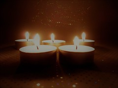 The light (Hannelore_B) Tags: kerzen candles