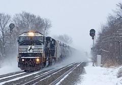 NS 6770, NS Chicago Line, Wawaka, Indiana (monon738) Tags: train railroad railway railfanning locomotive ns norfolksouthern engine diesellocomotive pentax k3 emd electromotivedivision noblecounty nschicagoline indiana wawakaindiana ns6770 ns65m tankertrain unit signals nycsignals snow snowstorm smcpda50135mmf28edifsdm emdsd60m sd60m