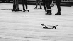 Prenez. (Canad Adry) Tags: paris république nikon nikkor 105mm f25 sony a6000 alpha vintage old manuel manual lens objectif skate skateboarding skateboard tricks place people gens legs jambes ride riding noir et blanc black white