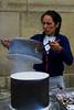 Vendedora de castanhas (© Portimagem) Tags: portugal patrimónionacional vendedoradecastanhas castanhas cozinhaportuguesa