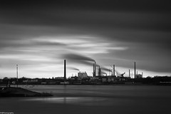 down by the riverside #17 (fhenkemeyer) Tags: duisburg rhein nrw industry longexposure water bw
