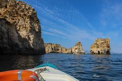 PONTA DA PIEDADE (LAGOS) RECORRIDO EN BARCA (memerhmalaga) Tags: pontadapiedade lagos ·mar barca recorrdidoenbarca portuga europa cuevas cuevasmarinas gua