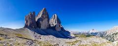 Drei Zinnen (Markus Lenz) Tags: 3zinnen berge bildformat diewelt europa fotografie gebirge italien naturlandschaft orte panorama südtirol blauer himmel