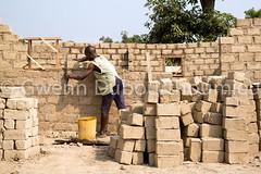 WEB_ACTED_Bangui_Reconstruction_27.01.2018-13 (Gwenn Dubourthoumieu) Tags: acted bangui car centrafrique centralafricanrepublic house idp rca républiquecentrafricaine déplacés maison reconstruction