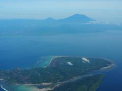 Bali to Labuan Bajo (Laika ac) Tags: indonesia bali mountagung