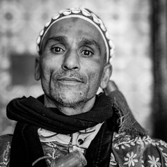 The people of Marocco (2) (Hans Dethmers) Tags: portrait portret marrakesh maroc marokko musicians streetmusician blackandwhite monochrome zwartwit
