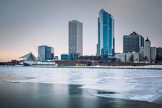 Milwaukee Lakeshore at the MAM in Winter