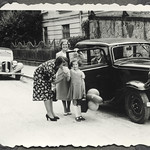 Archiv FaMUC247 Münchner Familie, Geburtstag, 1940er thumbnail