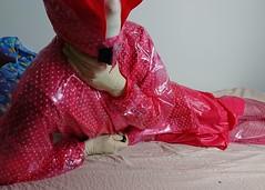 xDSC_0474_cr (coatrPL) Tags: raincoat rainwear rainsuit rainjacket pvc plastic waterproof fetish coat shiny hooded płaszcz pcv przeciwdeszczowe gloves rubber transparent polkadot kaptur