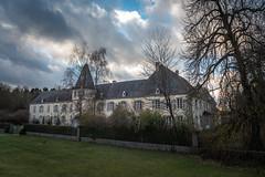 Chateau de Resteigne (RIch-ART In PIXELS) Tags: chateauderesteigne resteigne belvaux ardennes belgique belgium building architecture castle sky clouds grass tree leica leicadlux6 dlux6