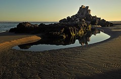 Shag Rock at Sunrise, Sumner, Christchurch, New Zealand, (Maureen Pierre) Tags: shagrock rapanui sunrise reflection rocks geology earthquake damaage low tide sand pool early morning light