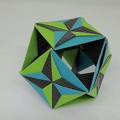 Cuboctahedron (modular.dodecahedron) Tags: tomokofuse cuboctahedron modularorigami